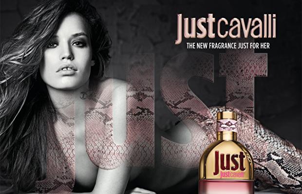 Baştan çıkarıcı bir parfüm: Just Cavalli for her