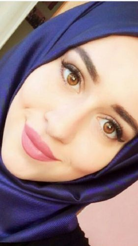 Muhteşem ön sevişme yapan hatun Nafia