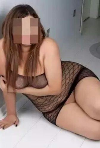 Seksi genç escort Reyhan